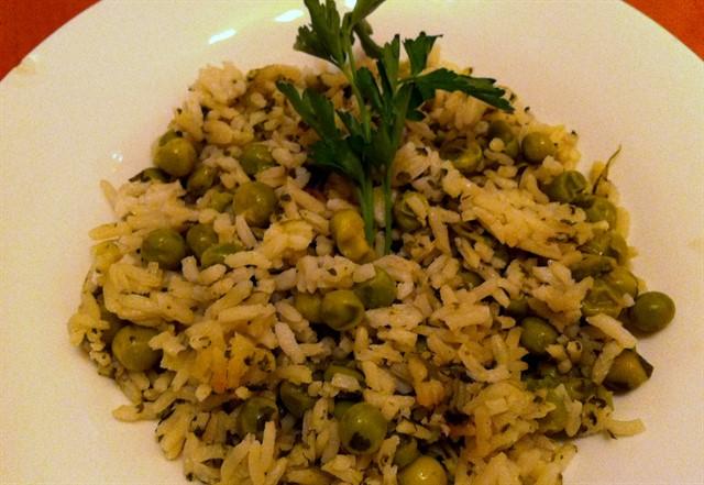אורז עם אפונה