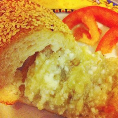 ממרח חצילים עם גבינה בולגרית